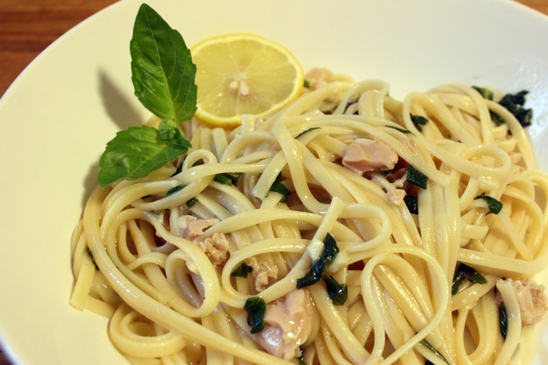 Linguini with Clams & Spinach